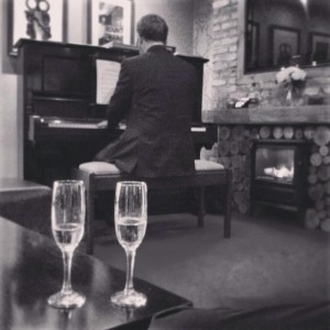 Dog and Gun, Potto - Pianist for Wedding Drinks Reception