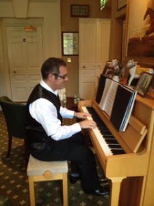 Talbot Hotel, Malton - Cocktail Pianist